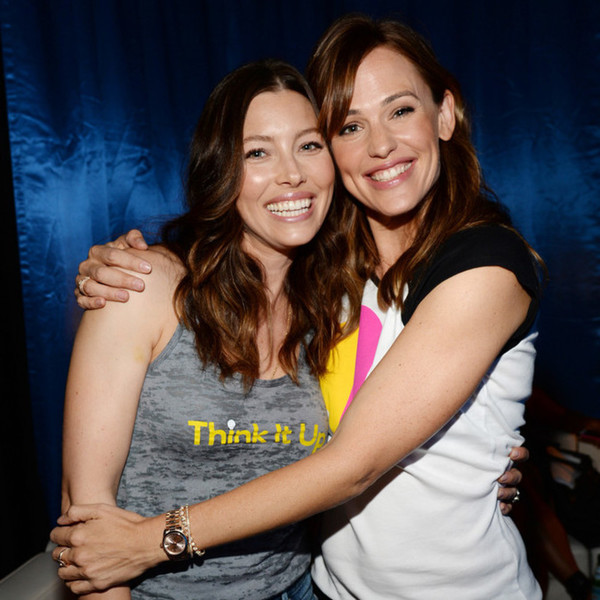 Jessica Biel and Jennifer Garner